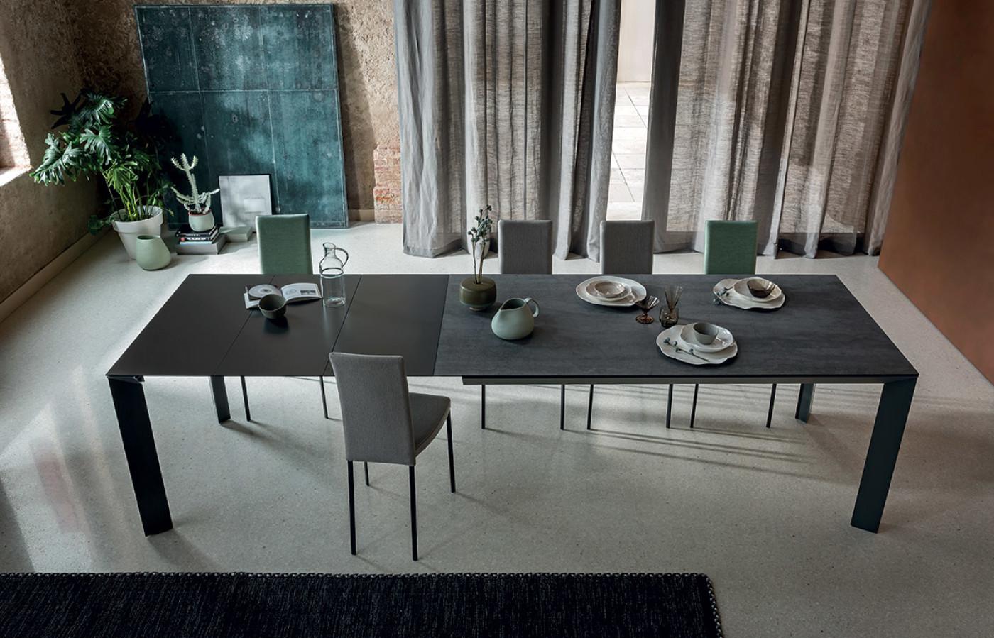 Tavoli e sedie bergamin arredamenti for Bergamin arredamenti istrana