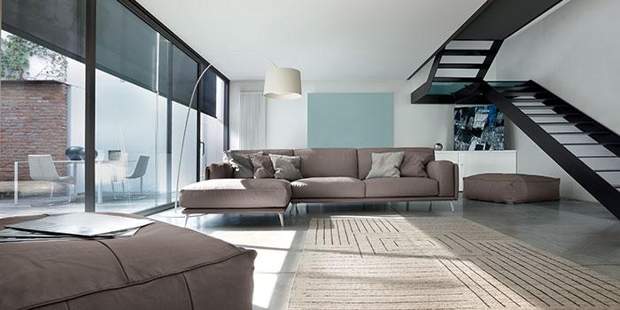 Salotto con divano di design